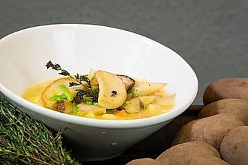 Kartoffelsuppe mit Kräuterseitlingen