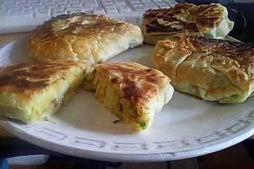 Teigtaschen auf marokkanische oder indische Art