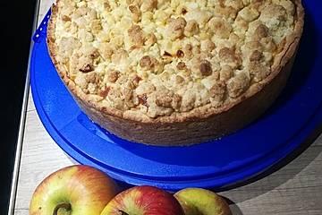 Apfel-Käse-Kuchen mit Streuseln