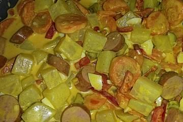 Currywurstsalat