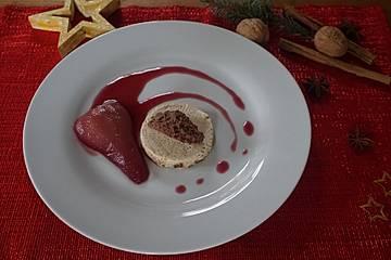 Lebkuchenparfait mit Rotweinbirne