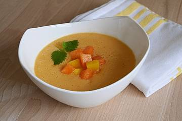 Mango-Melonen-Suppe