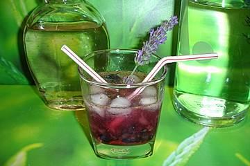 Blaubeer-Lavendel-Cocktail