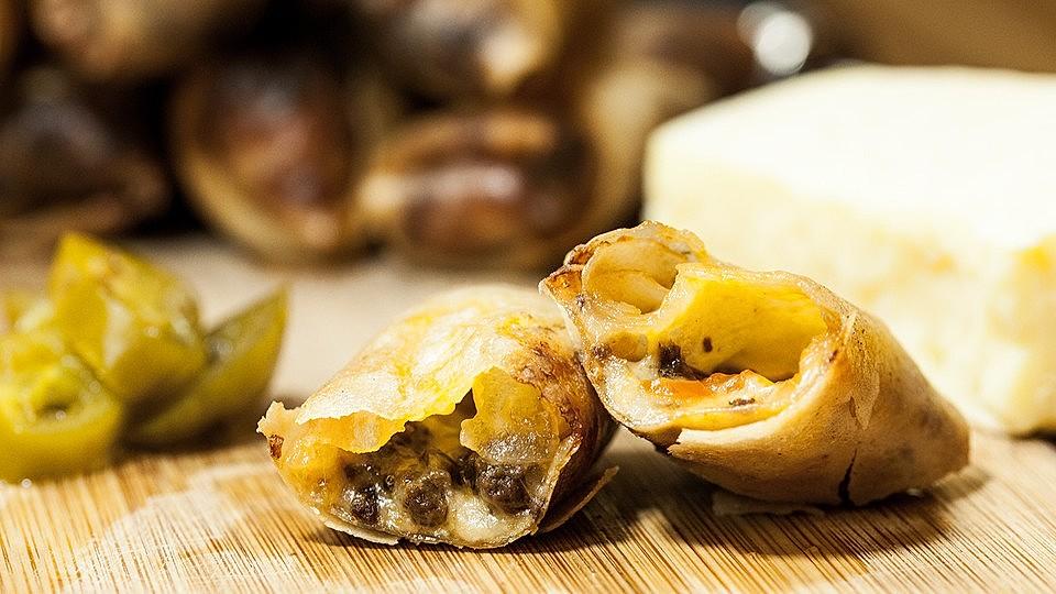 Chili-Cheese Frühlingsrollen von yasiliciousDE | Chefkoch