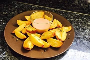 Potato Wedges mit Cocktailsauce