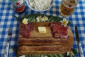 """Exotische Sesam-Laugenstangen """"Bierbeißer Legian"""""""