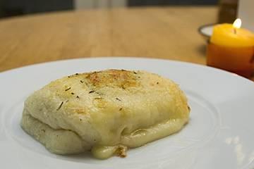 Mit Raclettekäse überbackener Käse