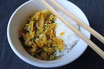 Pak Choi-Gemüse-Pfanne mit Sojasoße