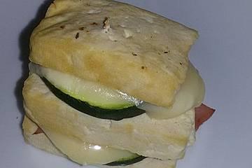 Tofuburger mit Käse und Schinken