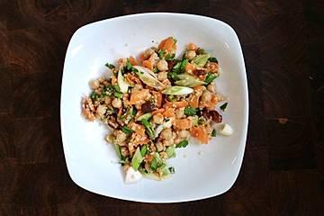 Quinoa-Kichererbsen-Superfood-Salat