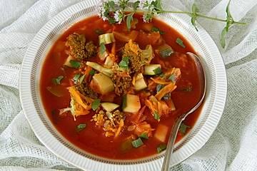 Italienischer Tomaten-Gemüseeintopf