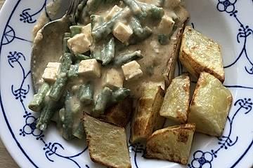 Grüne Bohnen mit Tofu und Kartoffeln