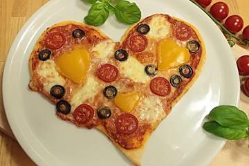 Herzpizza zum Muttertag