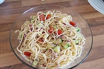 Spaghettisalat mit Thunfisch