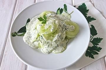 Sahne-Dill-Gurkensalat