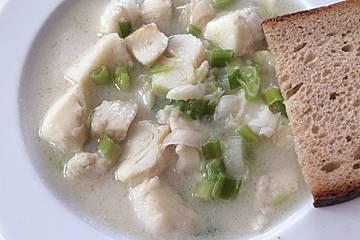 Schnelle Heilbutt-Kokos-Suppe