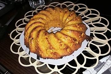 Low-Cal und Low-Carb Karotten-Kokos-Kuchen