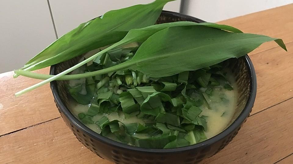 Bärlauch-Kartoffel-Suppe à la Gabi