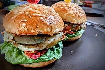 Falafel-Burger mit Ofenkartoffeln