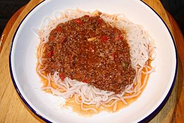 Bolognese auf Konjakspaghetti