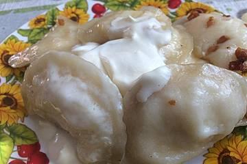 Ukrainische Wareniki mit Kartoffelfüllung