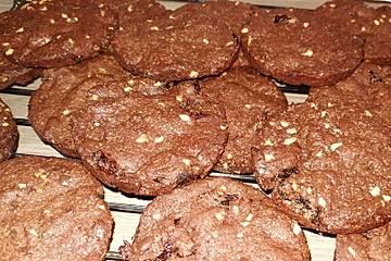 Pflaumen-Haselnuss-Schoko-Cookies