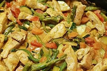 Gemüse-Hähnchen-Curry