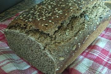 Dinkel-Quinoa-Brot