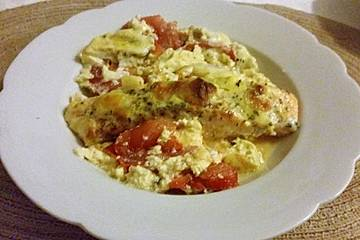 Überbackener Lachs auf Tomatenbett