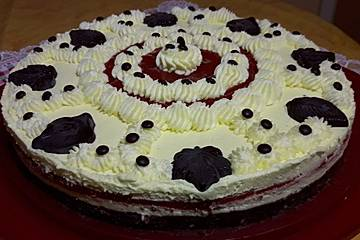 Erdbeer-Tiramisu-Torte