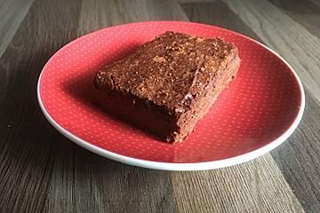 Schwarze Bohnen-Erdnuss-Brownies