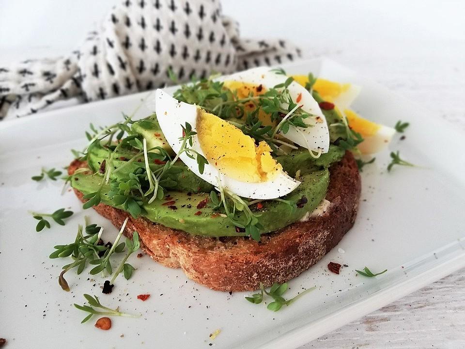 Toast New York mit Avocado und Ei von SessM | Chefkoch