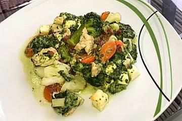 Low carb Puten-Gemüse-Auflauf