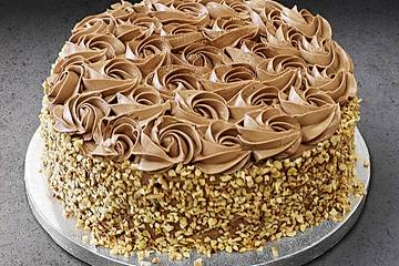 Low Carb Haselnuss-Schokoladen-Torte