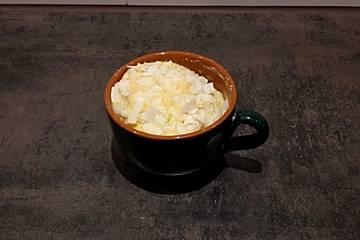 Tassenkuchen mit Rafaello und Kokosnuss
