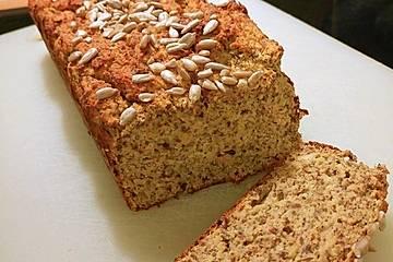Low-Carb-Brot mit Kokosmehl und Gemüse