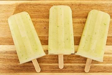 Honigmelonen-Minz-Popsicles