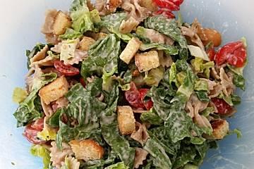 Caesar-Nudelsalat