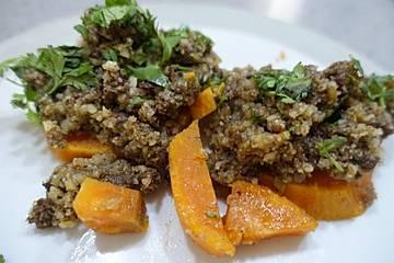 Gedämpftes Rinderfilet auf Süßkartoffeln