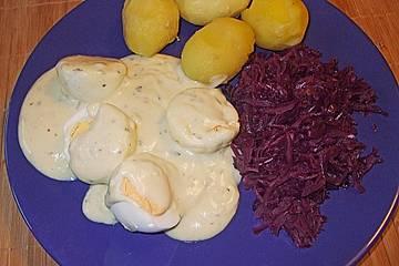 Eier in Kräuter - Senf - Soße