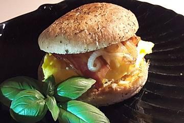 Rührei-Bacon-Burger