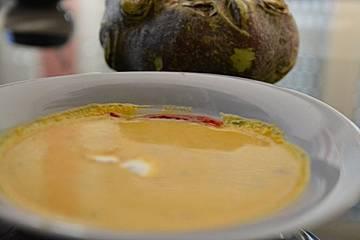 Steckrüben-Kürbis-Suppe