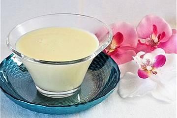 Vanillesauce - schnell & einfach aus Vanillepudding