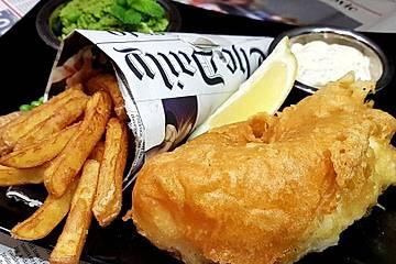 Fish & Chips, Mushy Peas and remoalade