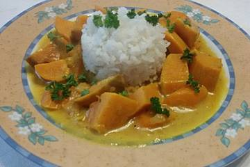 Würziges Süßkartoffel-Curry