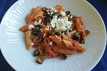 Pasta con Melanzane e Pomodoro - Pasta mit Auberginen und Tomaten