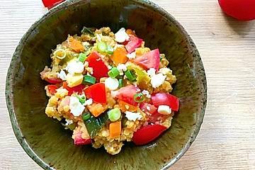 Rote Linsensalat mit Feta