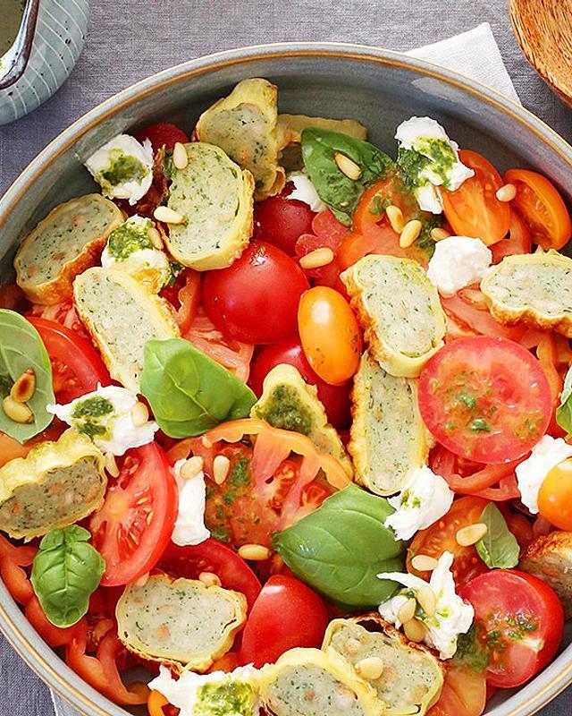 Maultaschen-Caprese-Salat