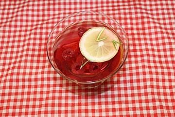 Himbeer-Zitronen-Limonade