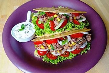 Vegane Tacos mit Walnussfüllung